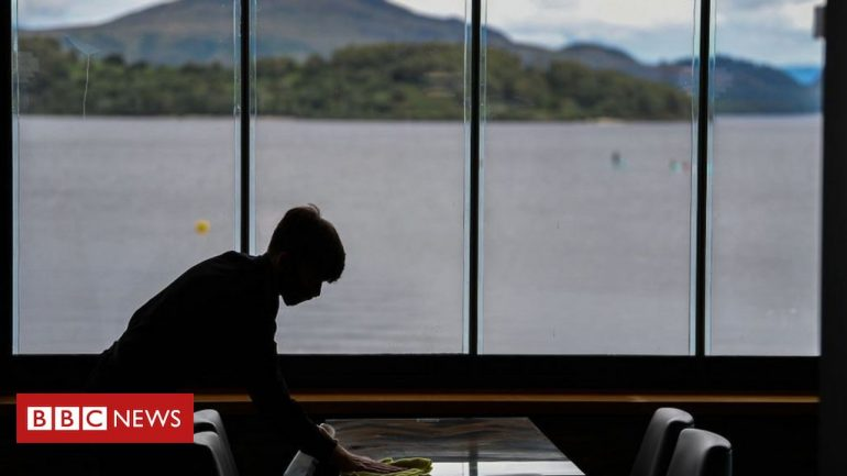 Covid in Scotland: Tourism and hospital in fear of 'circuit breaker'
