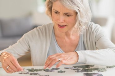100,000 women a year on their pensions, from 500 to 2,500 receiving a phone call