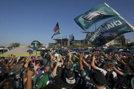 Eagles vs. Seahawks Score: D.K. Metcalfe exits PN Philadelphia on Seattle at MNF