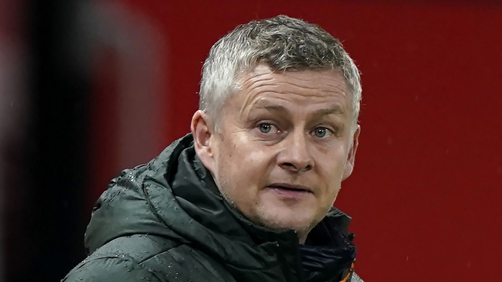 "Ole Gunnar Solskjaer: Manchester United coach criticizes the referee for making ""two mistakes"" in beating Sheffield United 