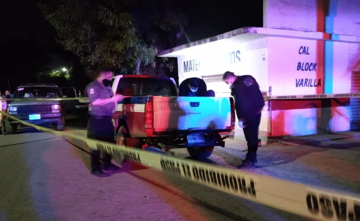 Culiacan police intercept a truck with a murdered man in it