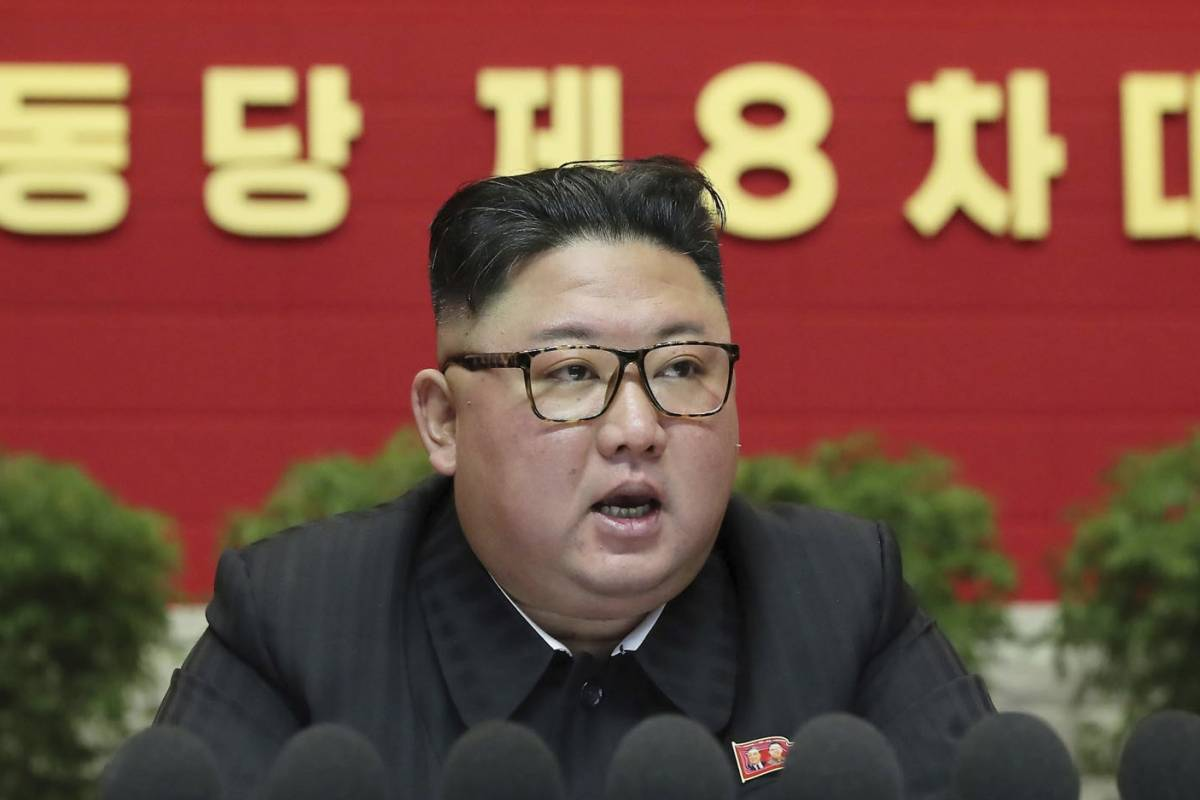 Kim Jong Un threatens to expand his nuclear weapons