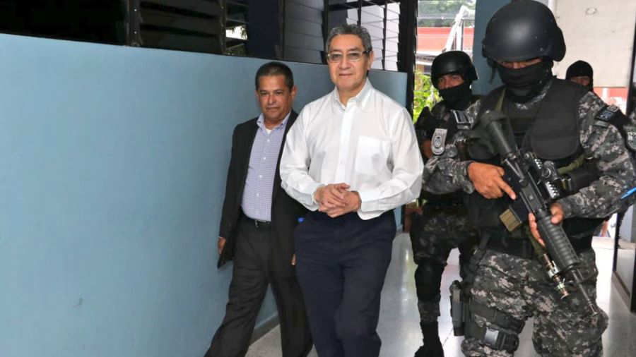 The Public Prosecutor's Office formally accuses René Figueroa of money laundering and embezzlement |  News from El Salvador