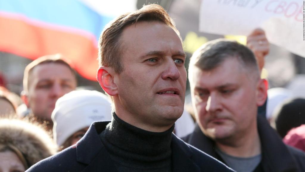 """Navalny called Putin """"Poisoning of underwear"""""""