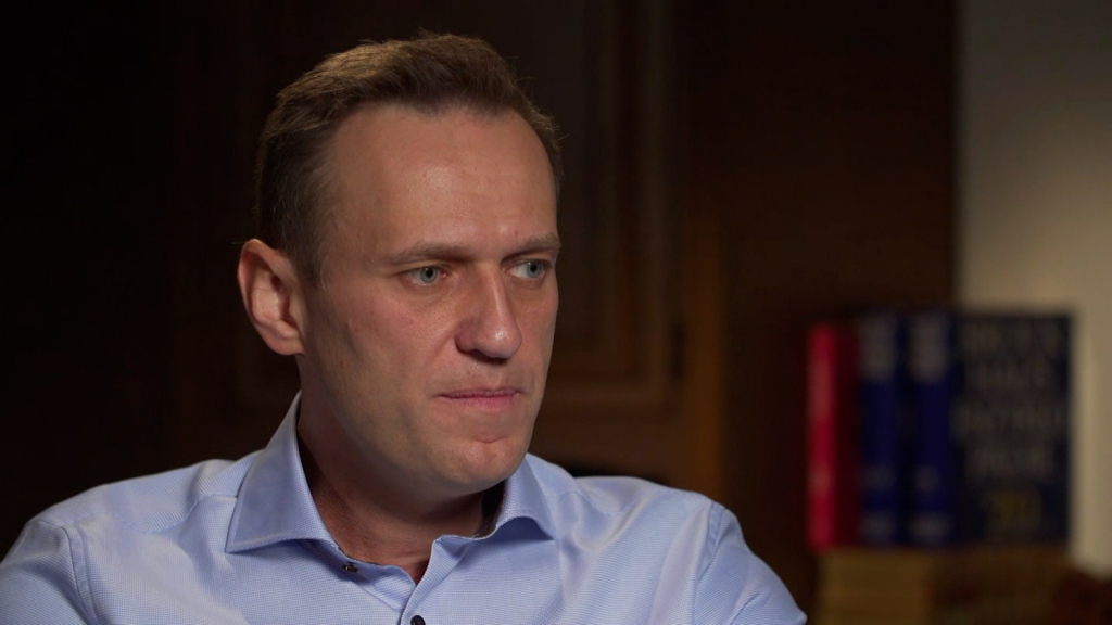 Russian opponent Alexei Navalny has resumed his prison sentence