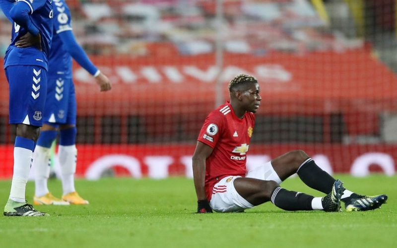 Paul Pogba was forced out due to injury in Manchester United's match with Everton