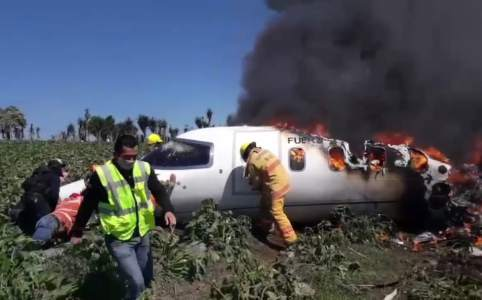 Six soldiers were killed in a plane crash in Veracruz, Mexico