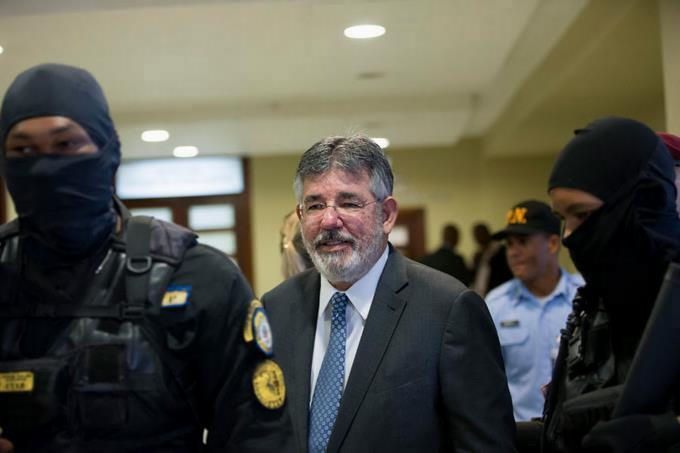 The court rescinds its decision and authorizes Pepca to merge the financial reports from Díaz Rúa
