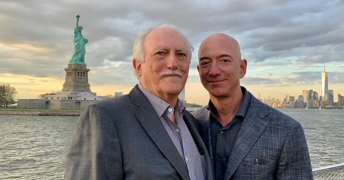 Jeff Bezos' emotional message about dreamers and his father