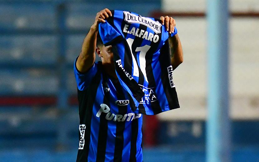 Tenfield.com »Alvaro, the present idol in celebration