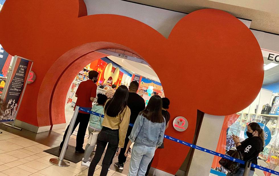 Disney's Cielo Vista store says goodbye