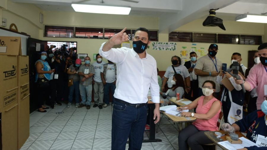 The mayor of San Salvador remains without the official winner