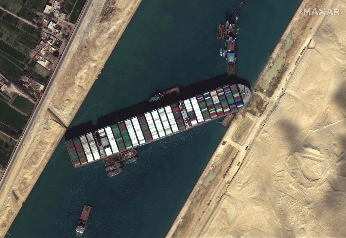 """The newest Suez Canal: Attempts to free """"Evergiven"""" fail"""