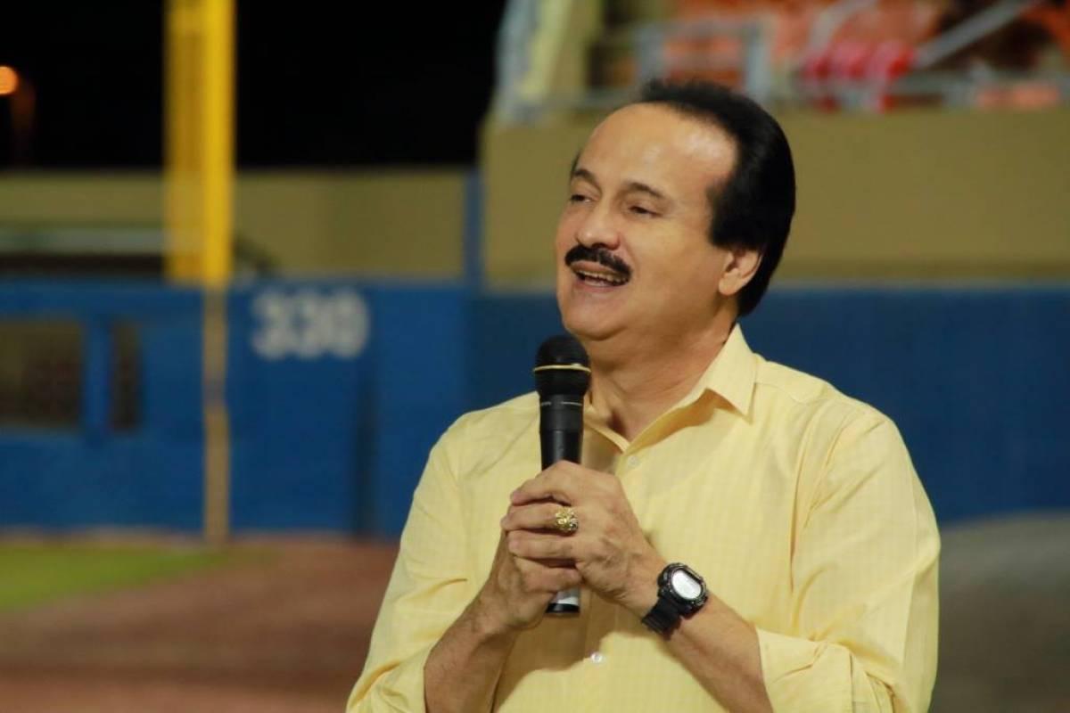 On Monday, Guillito returns to his job at Mayagüez