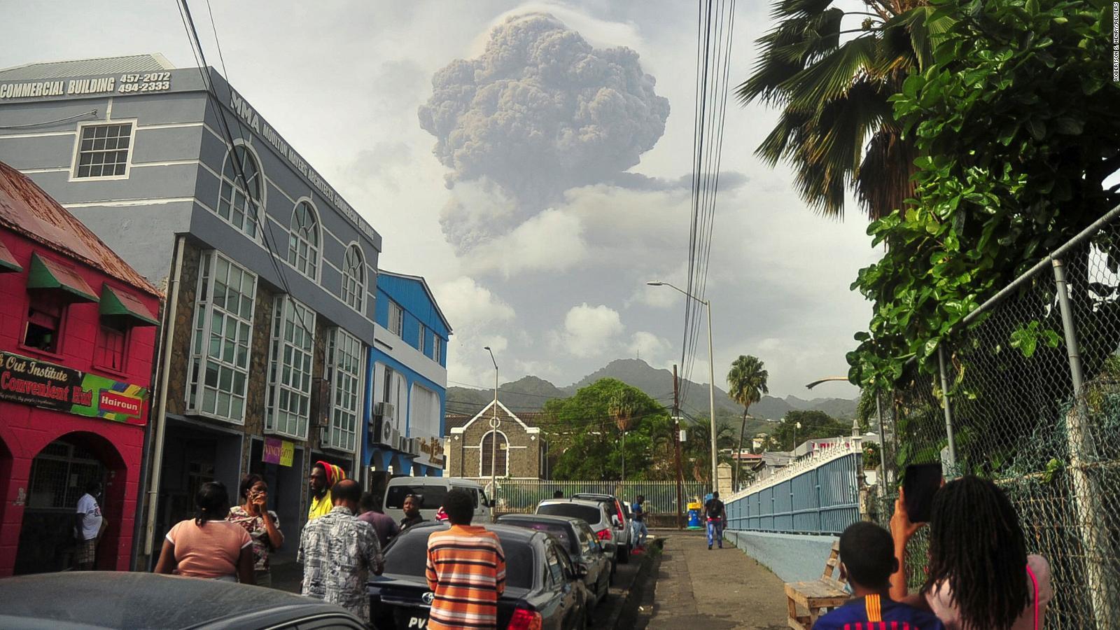 Huge ash clouds hanging over La Soufriere volcano  Video