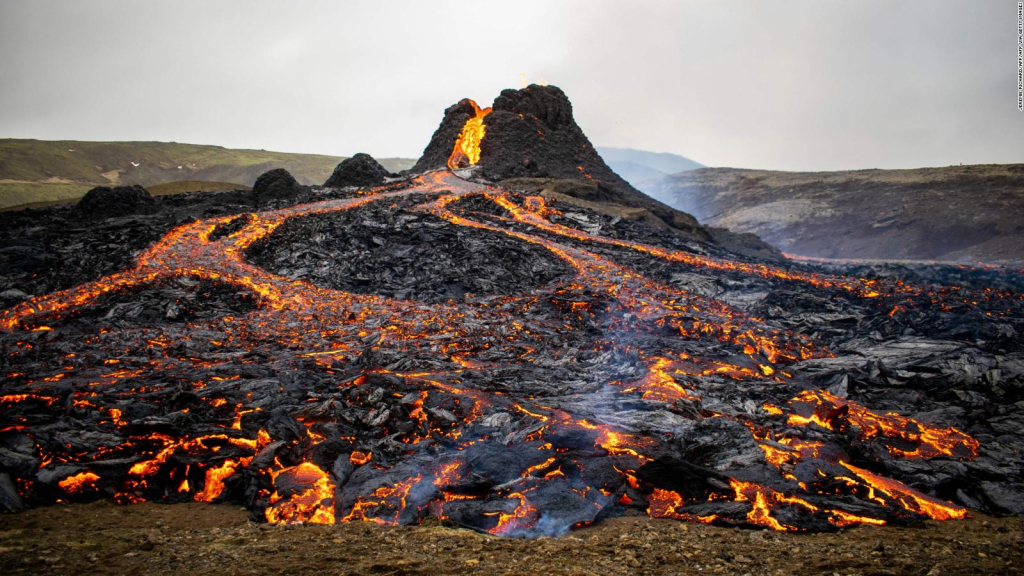 Drone records a lava river from a volcano eruption in Iceland