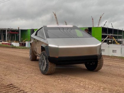 The Cybertruck could go into mass production in 2022.