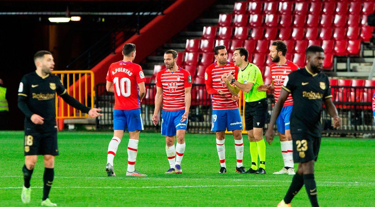 Barcelona will get Granada in a box at Camp Nou