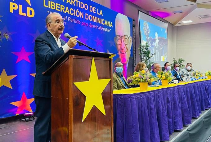 Danilo Medina confirms the return of PLD