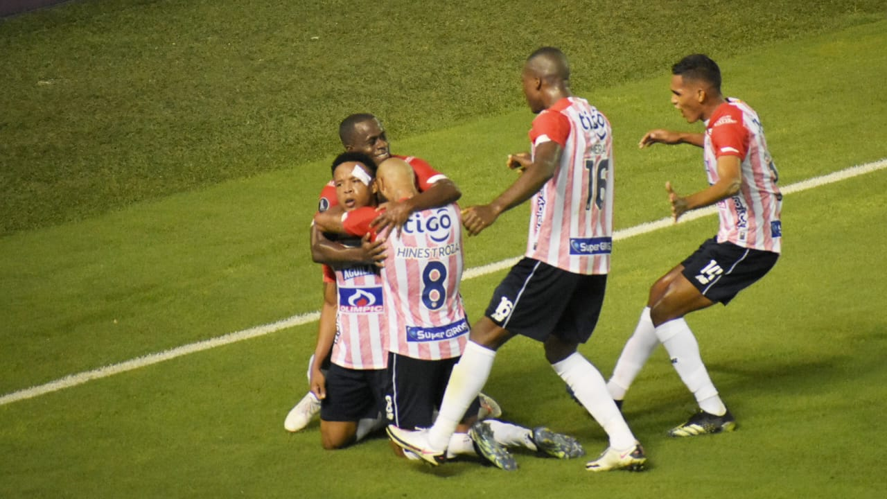 Junior vs Bolivar, second leg of Copa Libertadores Stage 3