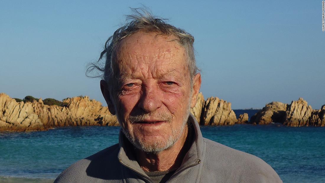 Mauro Morandi leaves Budelli island after 32 years