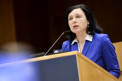 Vera Gurova, Vice President of the European Commission in charge of values ​​and transparency (Reuters / Joanna Girón)