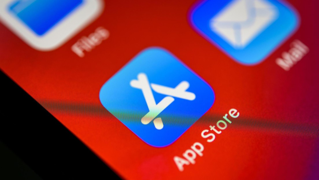 """Immediately get rid of"": Expert warns millions of iPad and iPhone users of App Store scams"