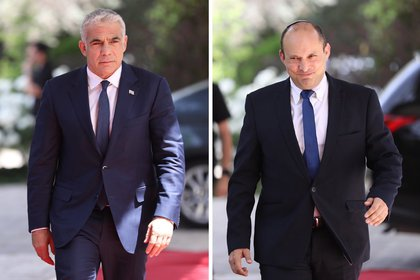 A collection of pictures of Yemeni party leader Naphtali Bennett (ra) and Yesh Adit leader Yeir Lapid (i) arrives at the Israeli presidential headquarters to meet with President Rouen Rivlin.  EFE / EPA / OPEN SULTAN