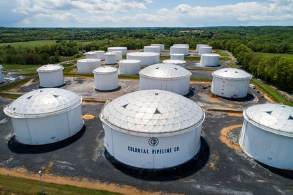This was photographed on May 8, 2021 with a drone at the facility of the Colonial Pipe Company in Woodbine, Maryland.  EFE / Jim Low Scalso