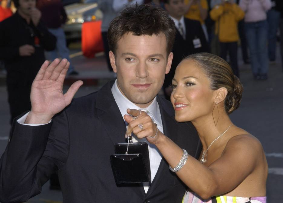 Jennifer Lopez and Ben Affleck 'shocked' by காதல்lex Rodriguez's love affair    People    Entertainment