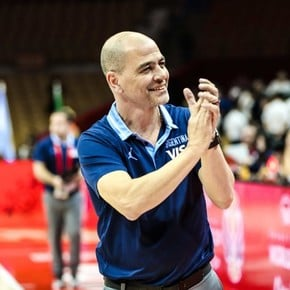 Ovija Hernandez signed the agreement and will lead the national team in Tokyo 2020