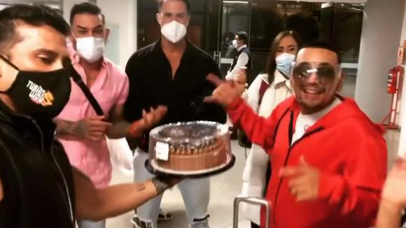 Josimar received a surprise for his birthday at