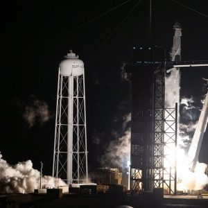 SpaceX52 launched an additional satellite for the Starlink Internet Network
