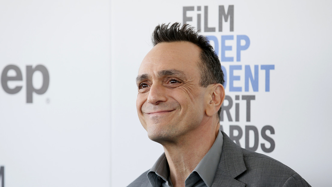 Actor Hank Azaria apologizes to Indians for voicing Apu in The Simpsons