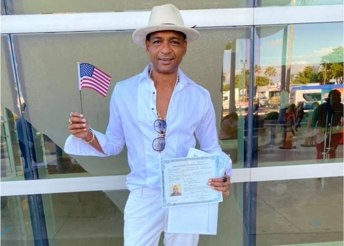 Descemer Bueno is already an American citizen, it took 20 years!