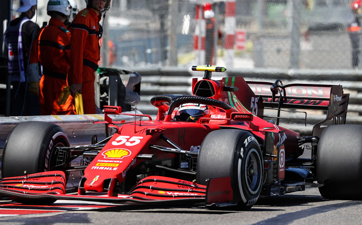 F1 1. Ferrari dominates P2 with Leclerc and Science;  Red Bull, in the top 10 places