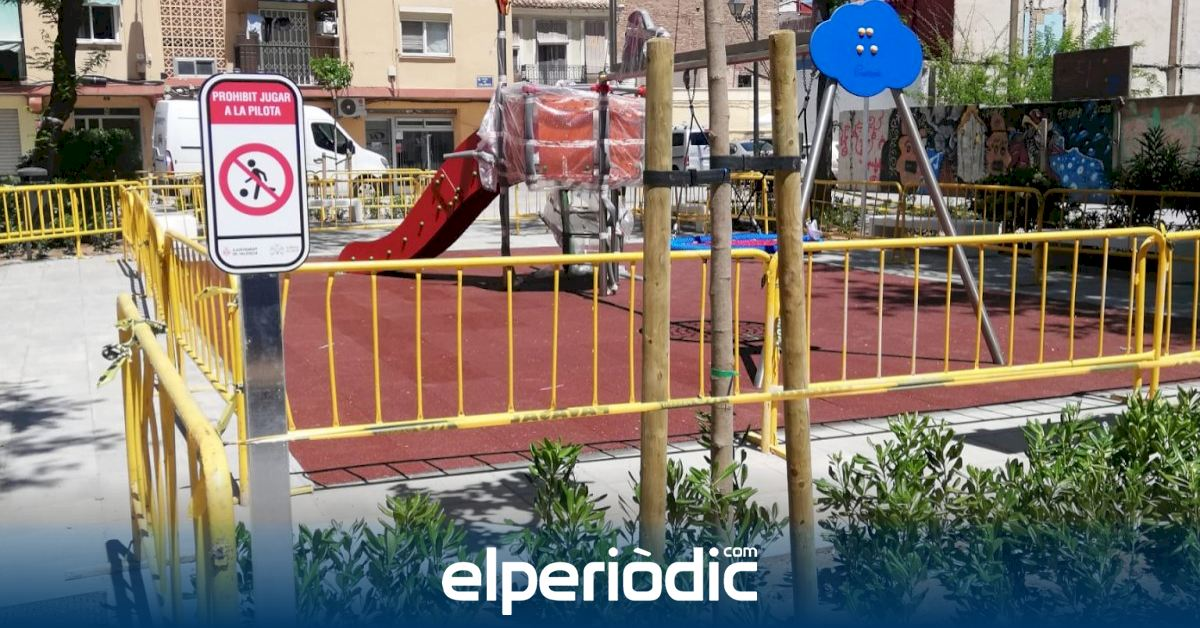 The redesign of the landscaped area was concluded in the Plaza de Caballoig
