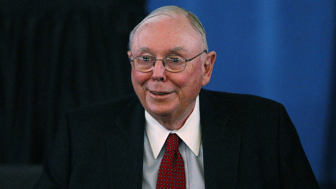 """Warren Buffett's right-hand man describes Bitcoin as """"disgusting"""" and bad for civilization"""