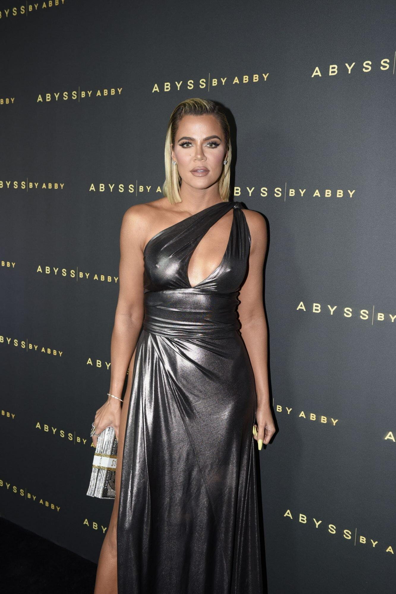 Khloe Kardashian has been called 'Alien' for her new look: this is how she responded