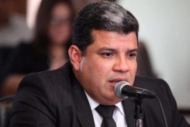 Luis Parra Alliance calls for building meeting space