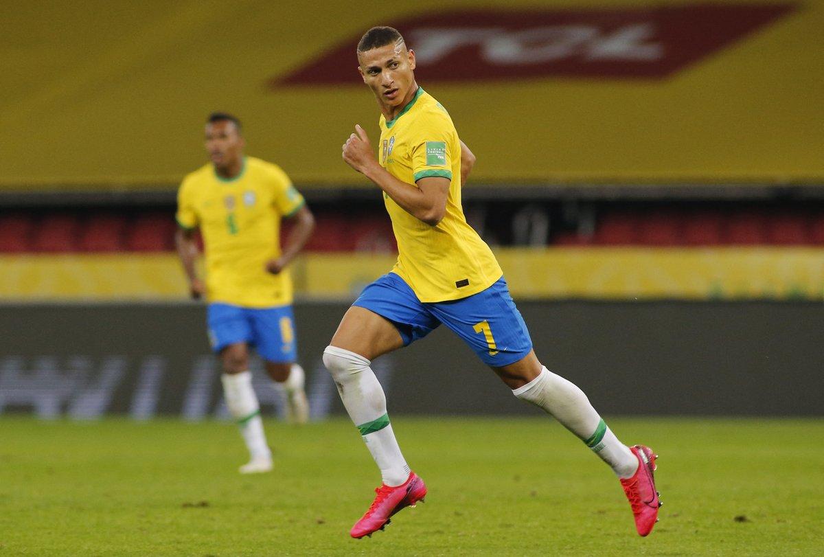 Brazil – Ecuador (2-0) South American Qualifiers;  boring scratch