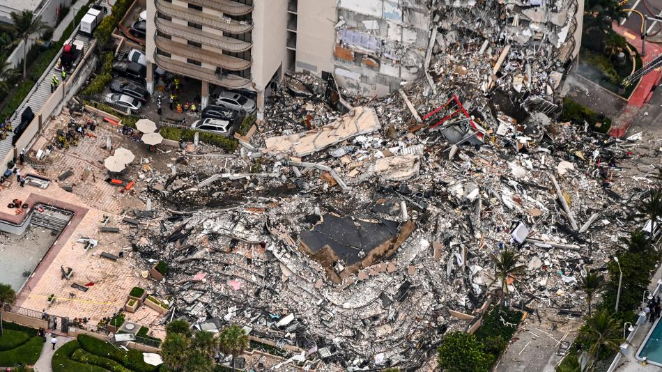 Miami: Rescuer says they hope to find missing people – US – International