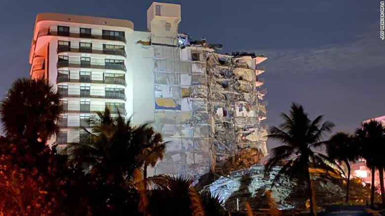 Minute by minute: The building near Miami is partially collapsing;  At least one person was killed and at least 10 were injured