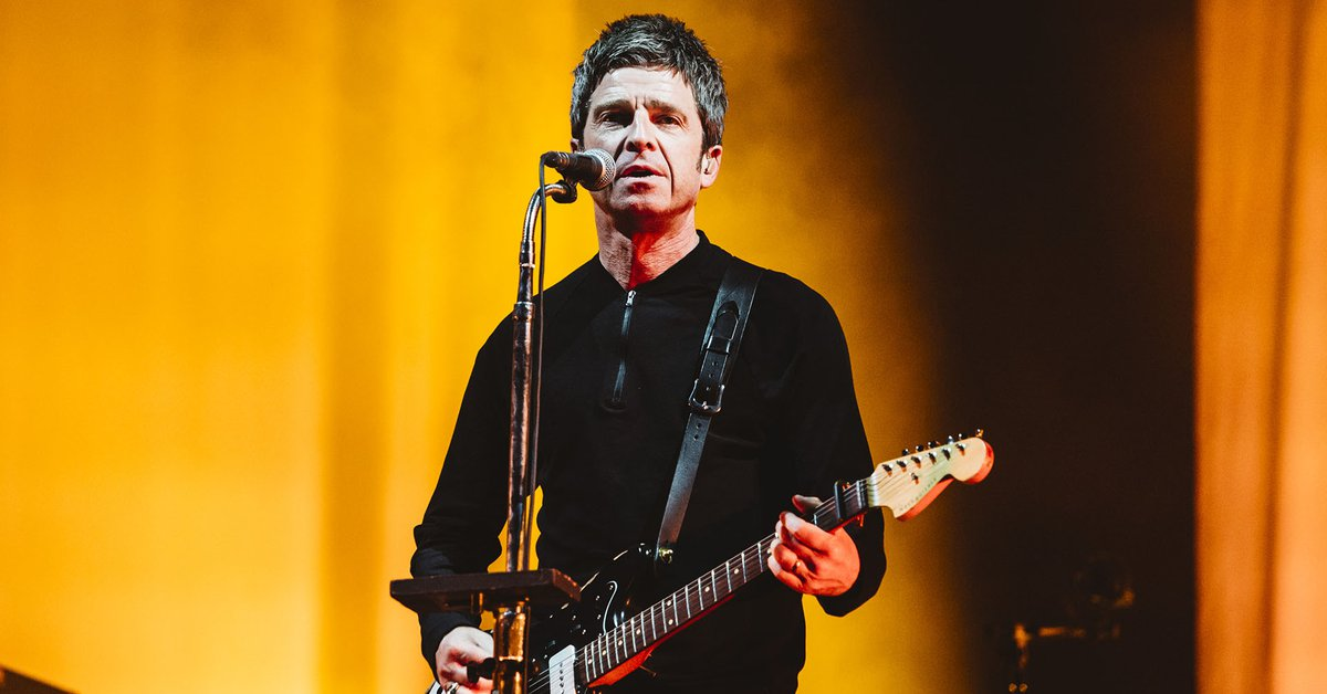 """Noel Gallagher attacked Prince Harry with a controversial phrase: """"This is what happens when you get involved with Americans."""""""
