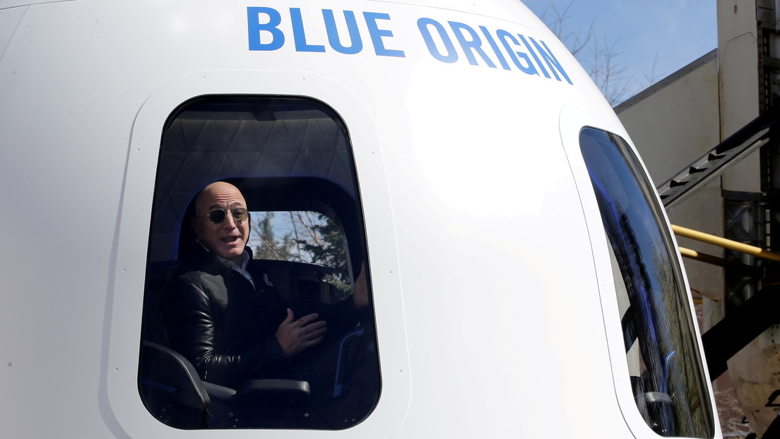 Jeff Bezos calculates travel time into space: About the billionaire's second submarine