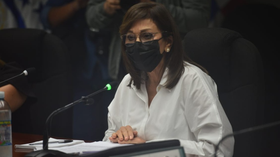 """Ana Wilma de Escobar: """"I did not receive any money from the public fund set out to complete my salary"""""""