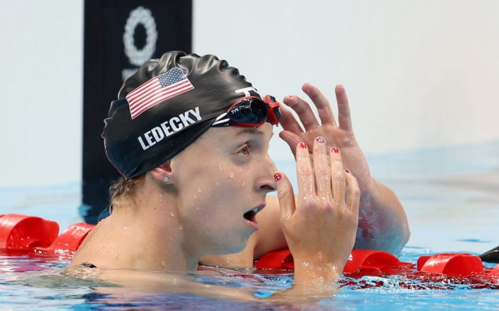 Ariarn Ditmus defeats Katie Ledecky, who did not win a medal in the 200 freestyle