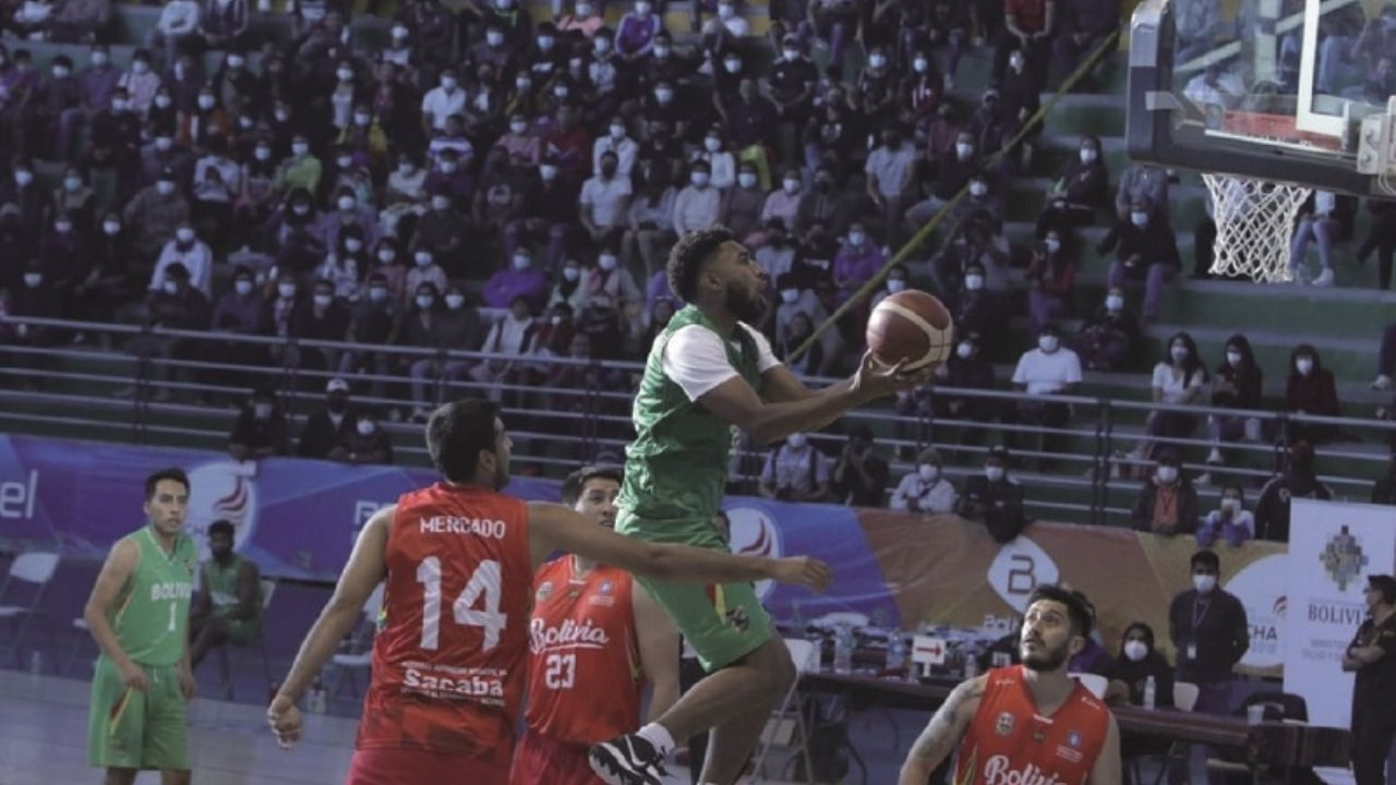 Basketball team motivates Quillacolleños
