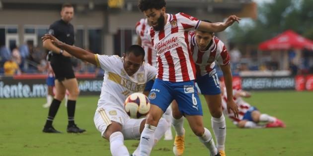 Chivas de Guadalajara tied 0-0 with Tigres de la UANL in a warm-up match at HEB Park in Texas ahead of the inaugural 2021 I Liga MX Championship