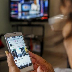 Etecsa applies compensation to users of mobile data and Nauta Hogar › Cuba› Granma . accounts